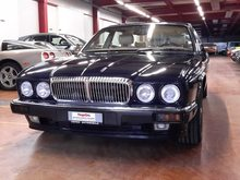 DAIMLER Double Six, Petrol, Second hand/used, Automatic