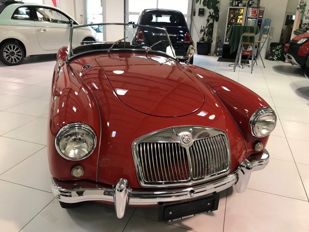 MG A, Essence, Automobiles de collection, Manuelle