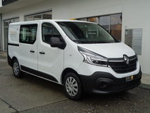 RENAULT Trafic, Diesel, Ex-demonstrator(s), Manual