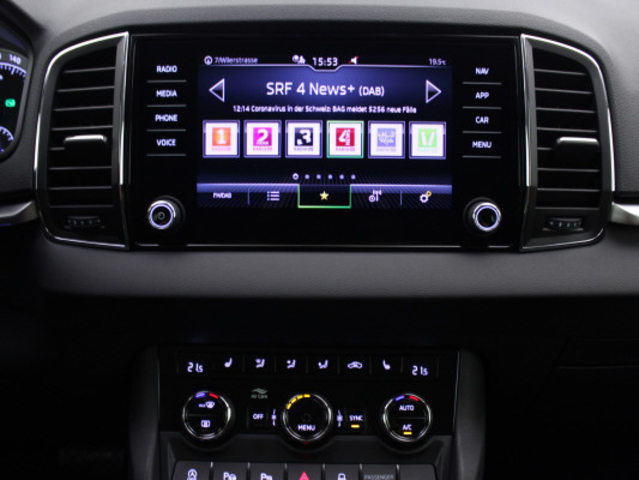SKODA Karoq 1.5TSI ACT Style, Petrol, New car(s), Automatic