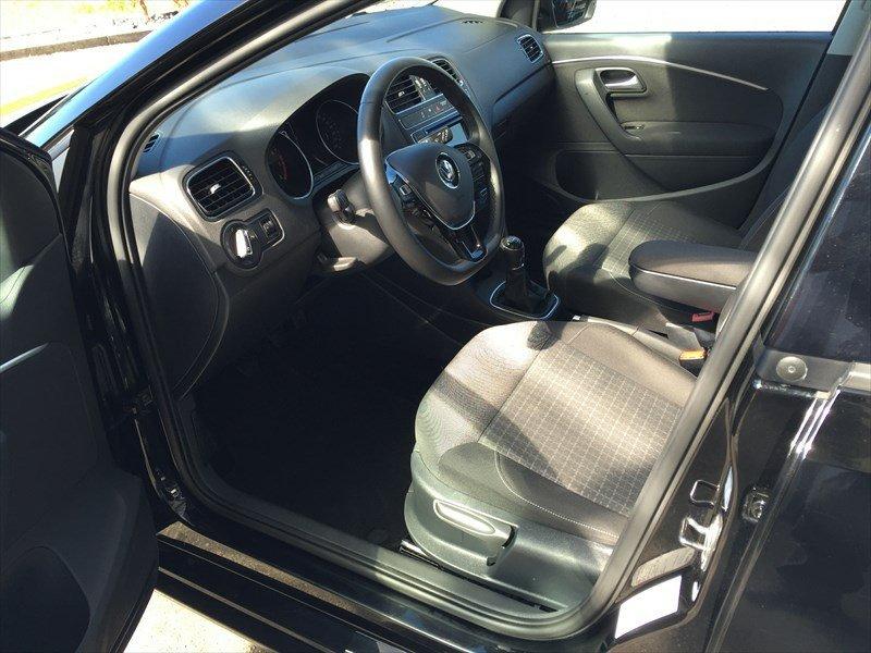 VW POLO Modell 2014-, Benzin, Occasion / Gebraucht, Handschaltung